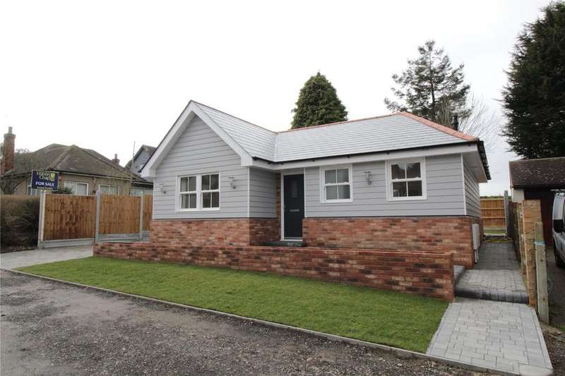 2 Bedrooms Detached Bungalow for sale in Stacey Drive, Langdon Hills, Essex, SS16