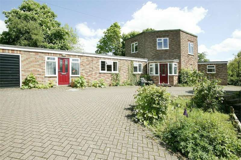 4 Bedrooms Detached House for sale in Town Street, Swanton Morley