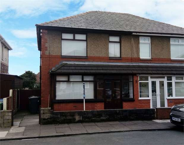 3 Bedrooms Semi Detached House for sale in Orrell Gardens, Orrell, Wigan, Lancashire