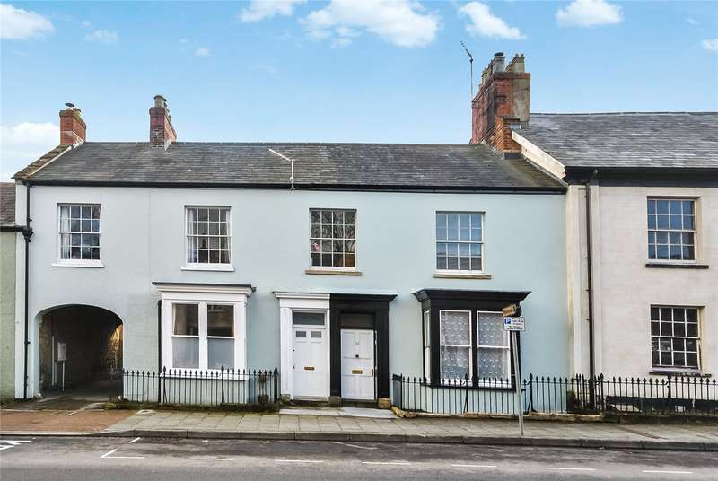 3 Bedrooms Terraced House for sale in High Street, Chard, Somerset, TA20