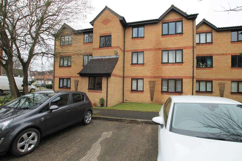 1 Bedroom Flat for sale in Courtlands Close, North Watford