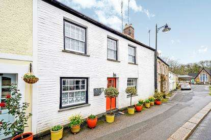 3 Bedrooms Terraced House for sale in Grampound, Truro, Cornwall