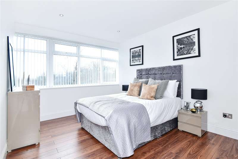2 Bedrooms Apartment Flat for sale in Rotary House, Breakspear Road, Ruislip, HA4