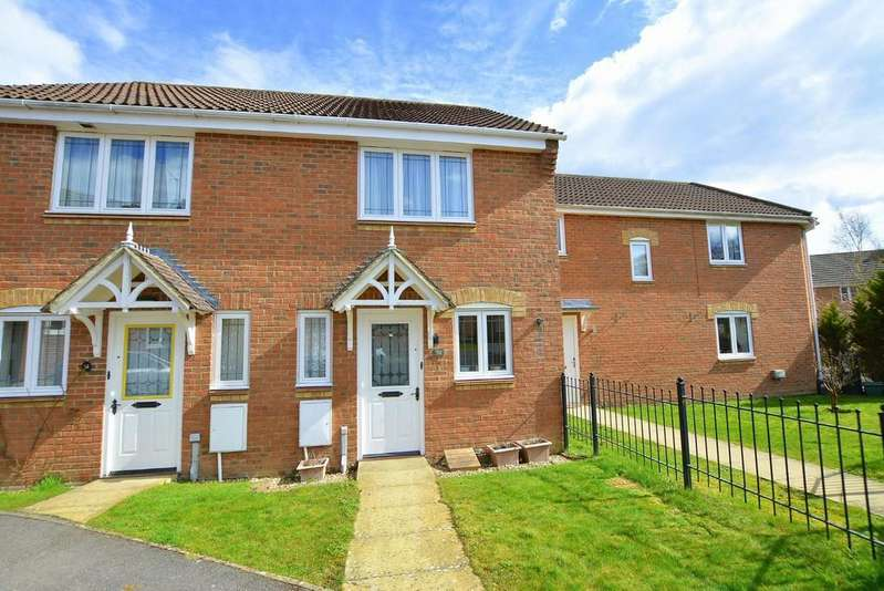 2 Bedrooms Terraced House for sale in Kiln Way, Verwood