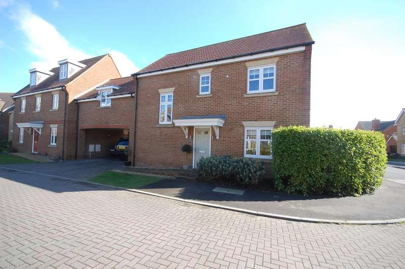 4 Bedrooms Link Detached House for sale in Hunnisett Close, Selsey, Chichester PO20
