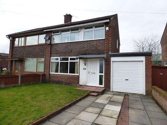 3 Bedrooms House for sale in Milldale Road, Leigh