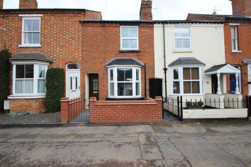 2 Bedrooms Terraced House for sale in Clopton Road, Stratford-Upon-Avon
