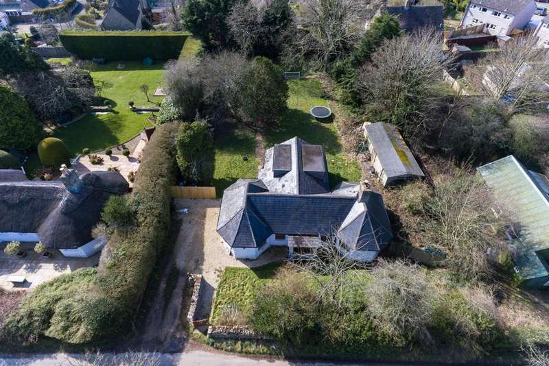 4 Bedrooms Detached House for sale in Woodmancote, Cirencester, Gloucestershire