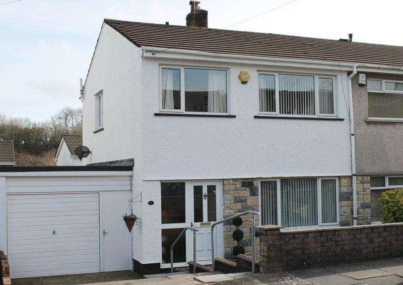 3 Bedrooms Semi Detached House for sale in Rhyd Y Nant, Pontyclun CF72 9HE