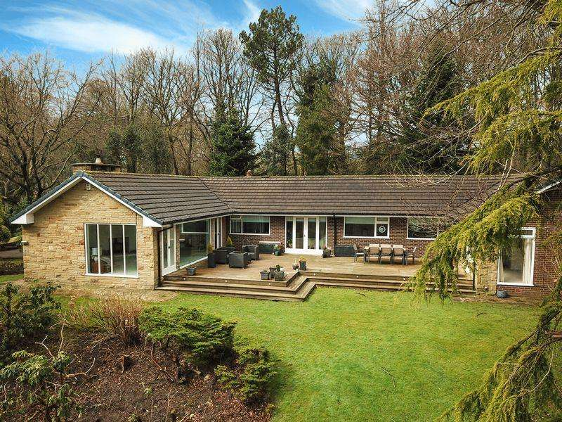 4 Bedrooms Detached Bungalow for sale in Bury Rochdale Old Road, Bamford, Rochdale