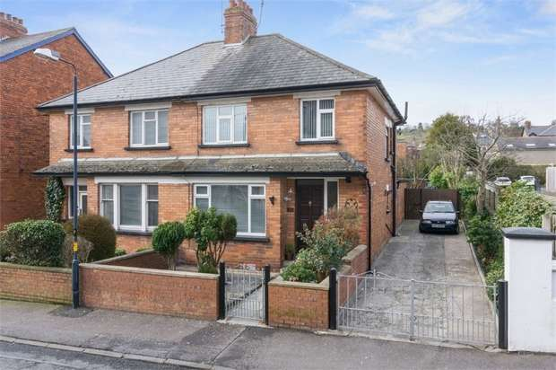 3 Bedrooms Semi Detached House for sale in Edward Road, Whitehead, Carrickfergus, County Antrim