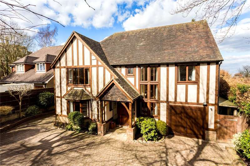 5 Bedrooms Detached House for sale in Church Road, Crowborough, East Sussex, TN6