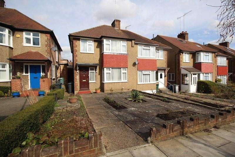 3 Bedrooms Semi Detached House for sale in Calton Road, New Barnet, Barnet