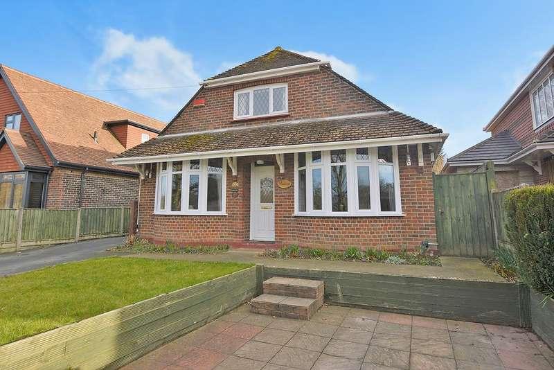 5 Bedrooms Detached House for sale in Sandyhurst Lane, Ashford