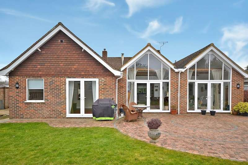 3 Bedrooms Detached Bungalow for sale in Rolfe Lane