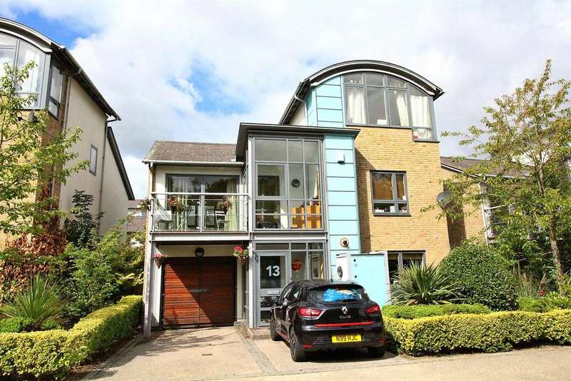 4 Bedrooms House for sale in Great Auger Street, Newhall, Harlow