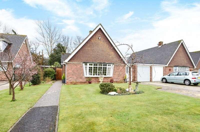 3 Bedrooms Detached Bungalow for sale in Newhall Close, Aldwick, Bognor Regis, PO21