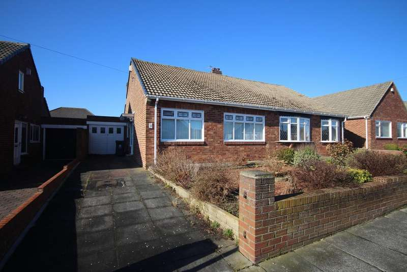 2 Bedrooms Bungalow for sale in Newlands Avenue, West Monkseaton, Whitley Bay, NE25