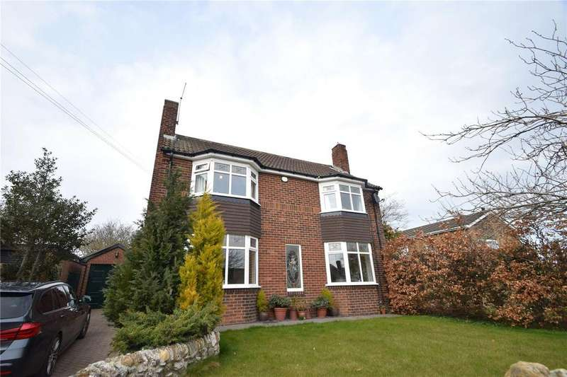 4 Bedrooms Detached House for sale in The Village, Hawthorn, Co. Durham, SR7