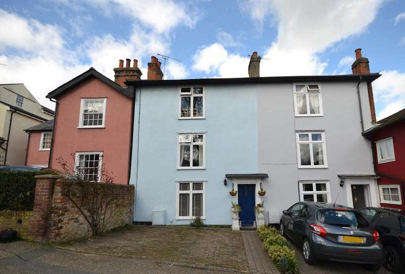2 Bedrooms Terraced House for sale in Cromwell Hill, Maldon, CM9