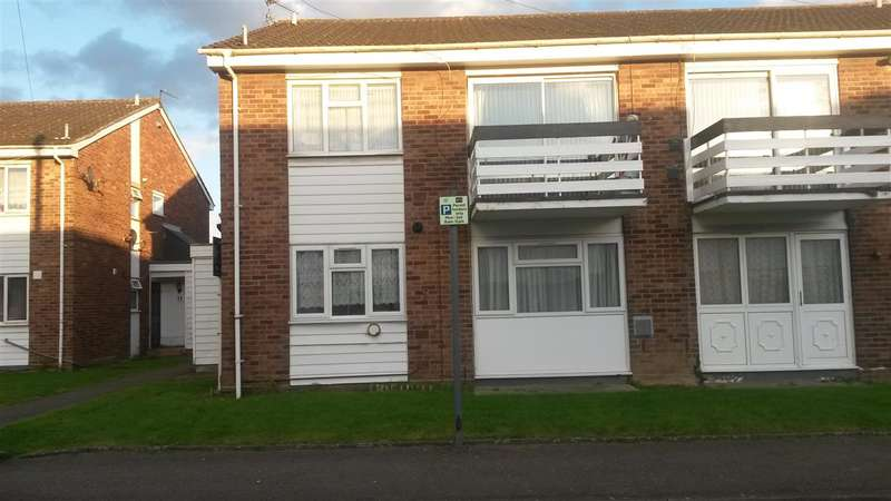 2 Bedrooms Apartment Flat for sale in Pennine Way,, Harlington,