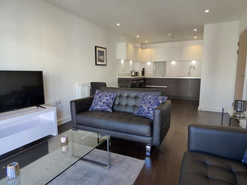 2 Bedrooms House for rent in Fairbourne Court, Denyer Walk, Southampton