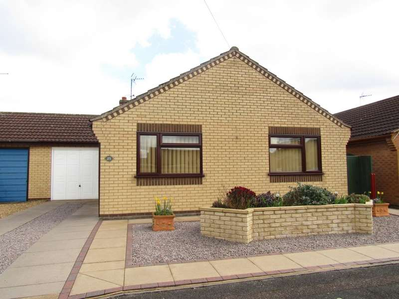 2 Bedrooms Bungalow for sale in Grebe Close, Whittlesey, PE7