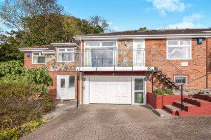 5 Bedrooms Bungalow for sale in Teignmouth, Devon