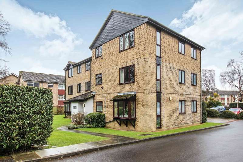 2 Bedrooms Flat for sale in Comptons Court, Horsham