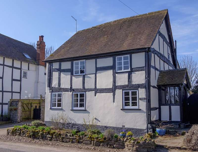 3 Bedrooms Detached House for sale in Meadow Cottage, Meadow Street, Weobley, Herefordshire