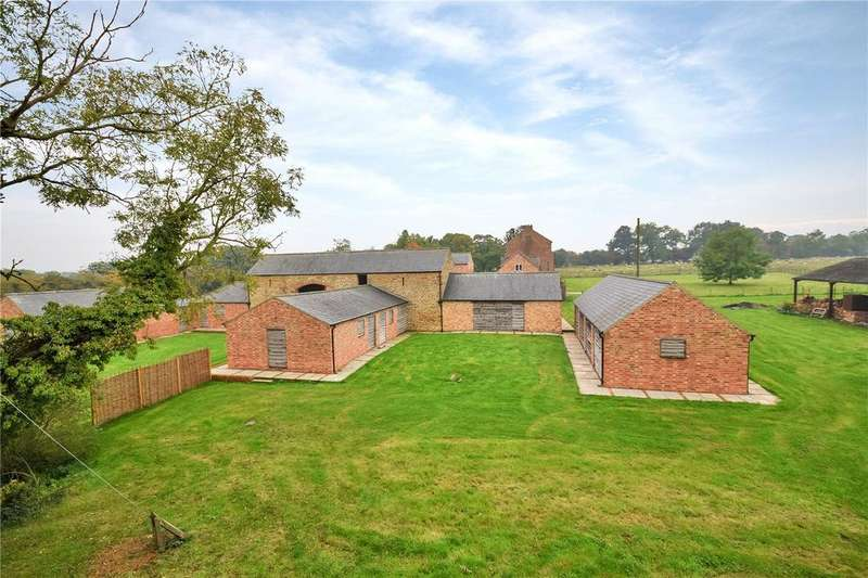 4 Bedrooms Barn Conversion Character Property for sale in Hardwick, Northamptonshire