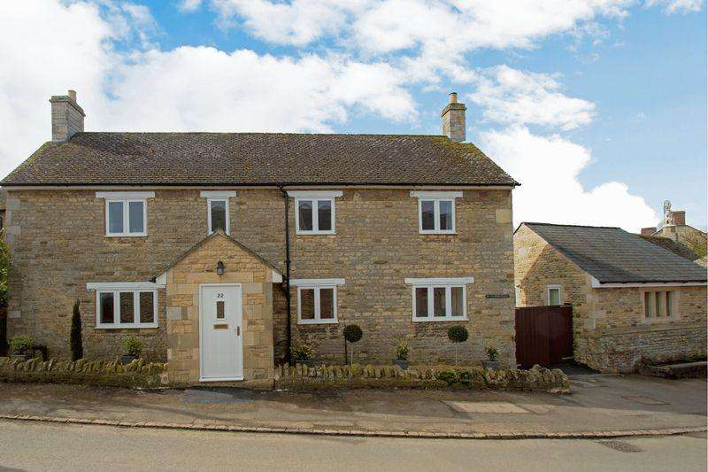 4 Bedrooms Detached House for sale in Water Trough Cottage, Deene Road, Harringworth