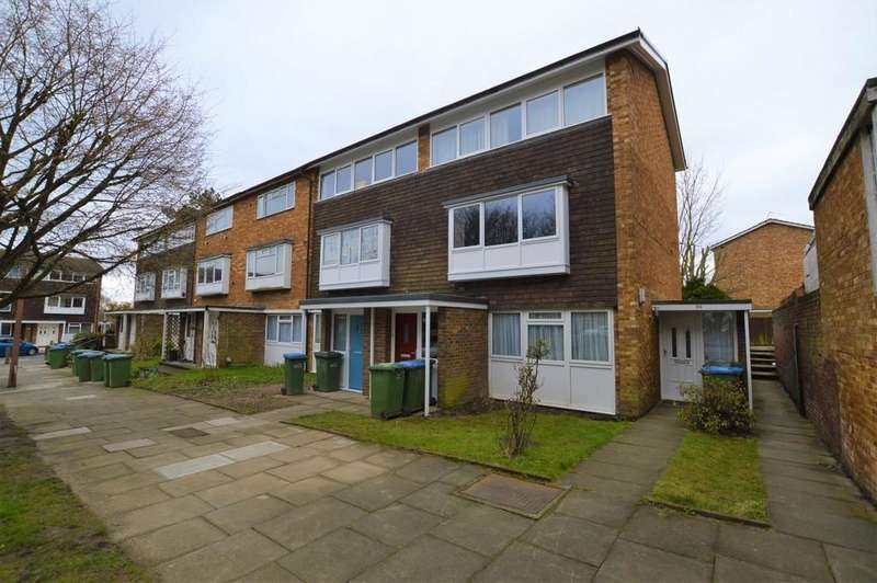2 Bedrooms Ground Maisonette Flat for sale in Oakways, Eltham SE9