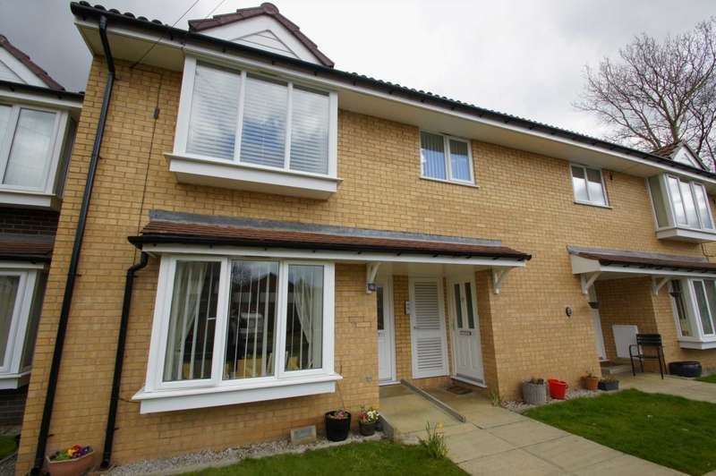 2 Bedrooms Flat for sale in Cooper Street, Horwich