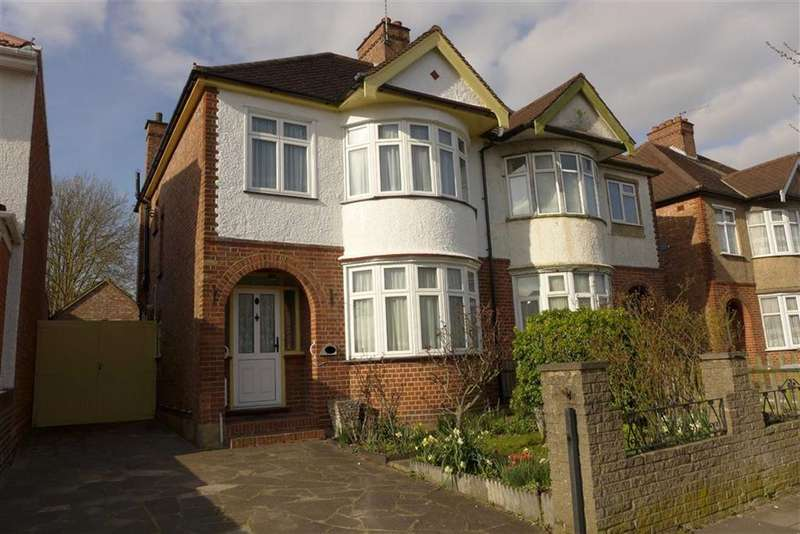 3 Bedrooms Semi Detached House for sale in Whitefriars Drive, Harrow Weald, Middlesex