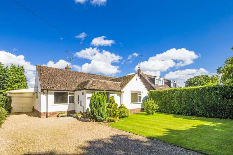 4 Bedrooms Detached House for sale in Green Meadows, Beech Lane, Woodcote, RG8