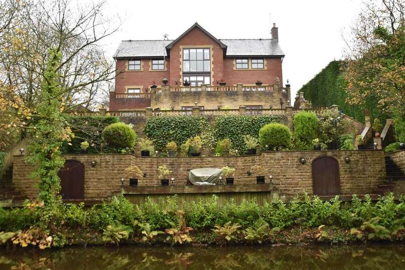 5 Bedrooms Detached House for sale in Millwood Close, Withnell, Chorley