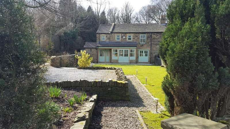 3 Bedrooms Cottage House for sale in Holmfirth Road, Shepley, Huddersfield, HD8