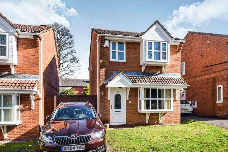 3 Bedrooms Detached House for sale in Sunadale Close, Bolton