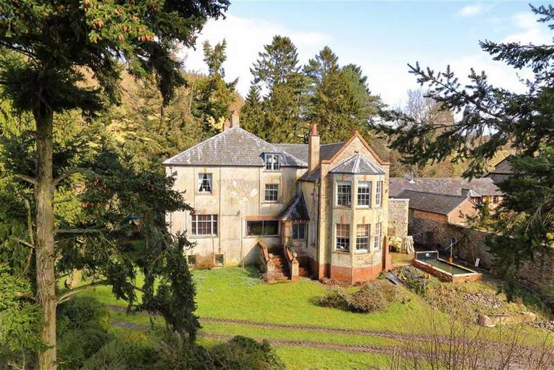 5 Bedrooms Detached House for sale in Llanfyllin, Llanfyllin, SY22