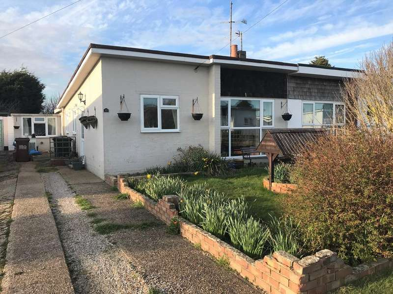2 Bedrooms Semi Detached Bungalow for sale in Mountney Drive, Pevensey Bay BN24