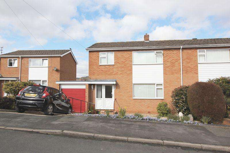 3 Bedrooms Semi Detached House for sale in Dalar Wen, Denbigh