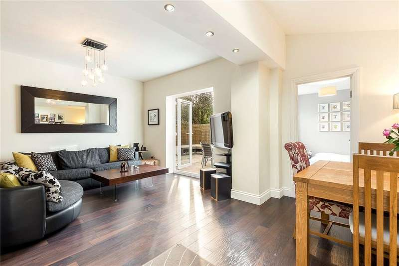 2 Bedrooms Flat for sale in Corfton Road, London, W5