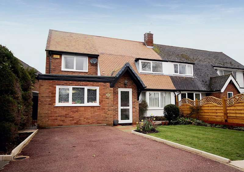3 Bedrooms Semi Detached House for sale in Standhill Road, Hitchin, SG4
