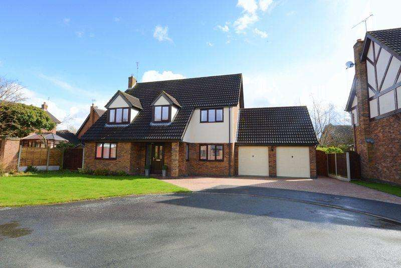 4 Bedrooms Detached House for sale in Cobham Close, Yarnfield, Stone