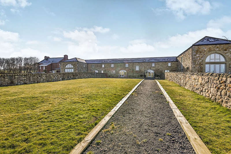 4 Bedrooms Property for sale in Over The Hill Farm Steadings, Newbottle, Houghton Le Spring, DH4