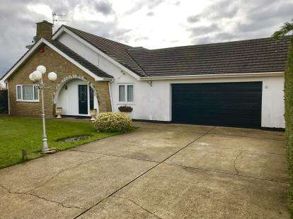 3 Bedrooms Detached House for sale in Marian Avenue, Mablethorpe, Lincolnshire