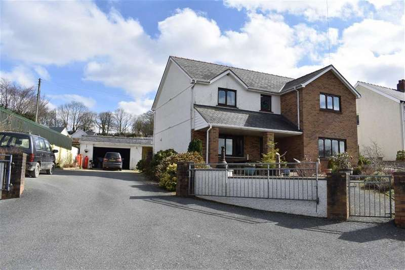 4 Bedrooms Detached House for sale in Cwrtnewydd, Llanybydder