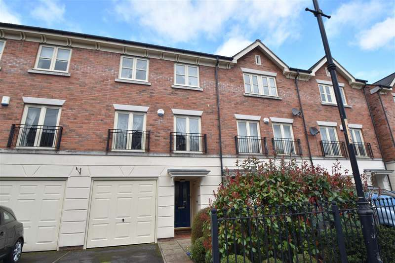 4 Bedrooms Town House for sale in Lion Court, Worcester