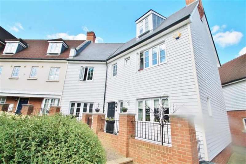 4 Bedrooms End Of Terrace House for sale in Watermans Way, Greenhithe, DA9 9GP
